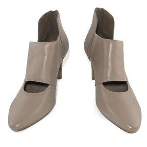 {aerosoles} taupe colored heels